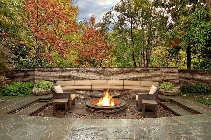 Patio-landscaping-design-ideas-for-plans-outdoor-living-spaces-decoration-with-retaining-wall-and-fire-pit-design