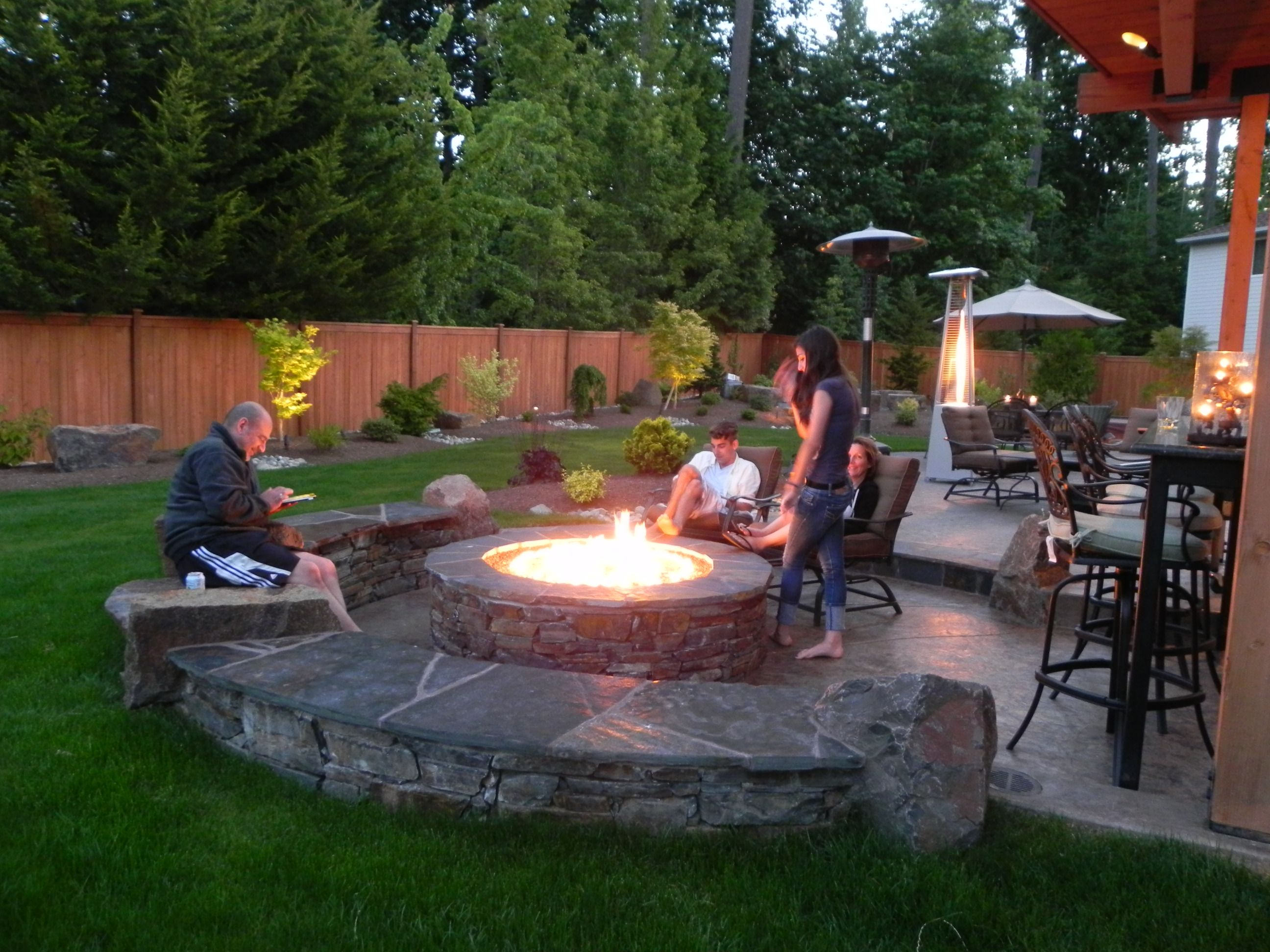 garden-exterior-furniture-outdoor-fireplace-adorable-and-cheap-fascinating-fire-wood-burning-fire-pit-pit-ideas-outdoor-decoration-for-backyard-inspirational-garden-seating-with-cool-modern-furniture